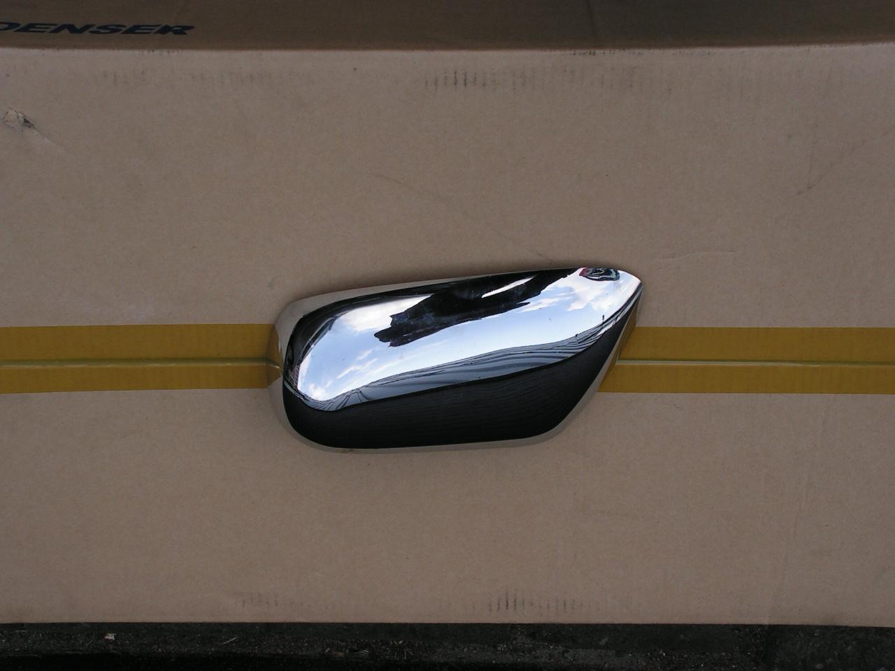 Jaguar XJ-40 tot 1994 spiegel achterbekleding chroom rechts gebruikt