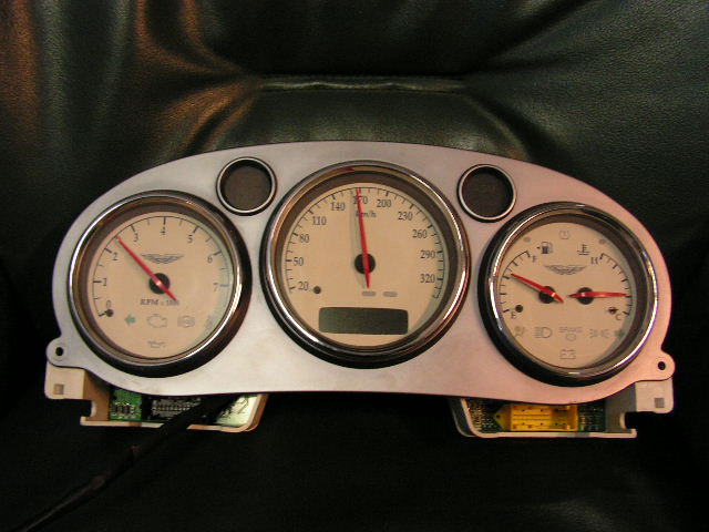 Aston Martin Vanquish combi-instrumenten pack (km)