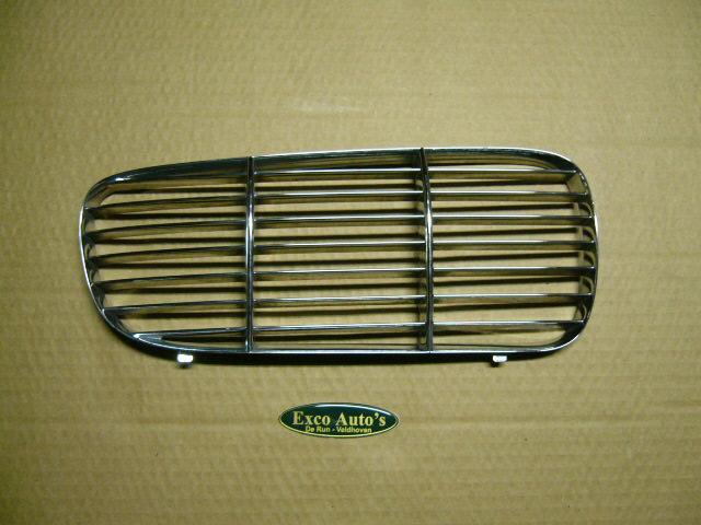 Jaguar XJ vanaf 2003 Gril Inleg Tralie Chroom Rechts . GEBRUIKT