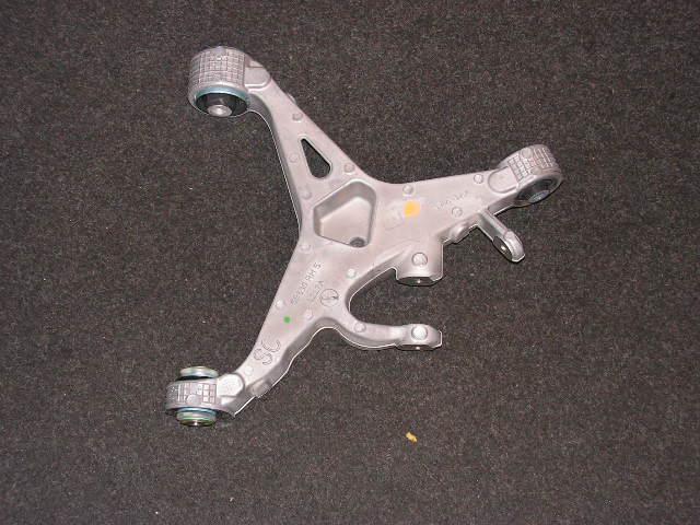 Jaguar XF onderste driehoeksarm rechtsachter. NIEUW.