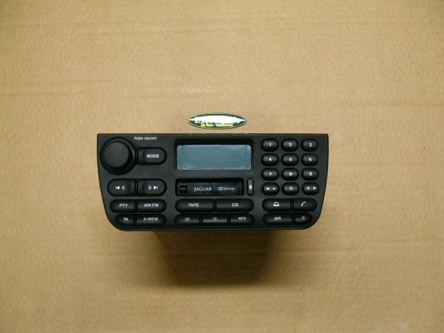 Jaguar XJ8 Radio Met Code Gebruikt