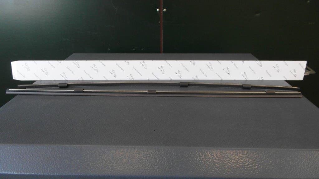 XJ vanaf 2003 Ruitewisserset NIEUW (passagierkant)