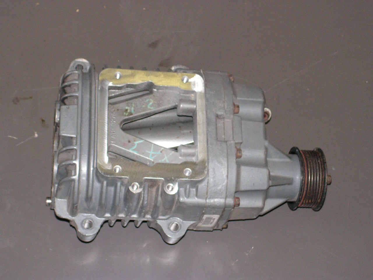Jaguar XJR/6 Compressor cylinder