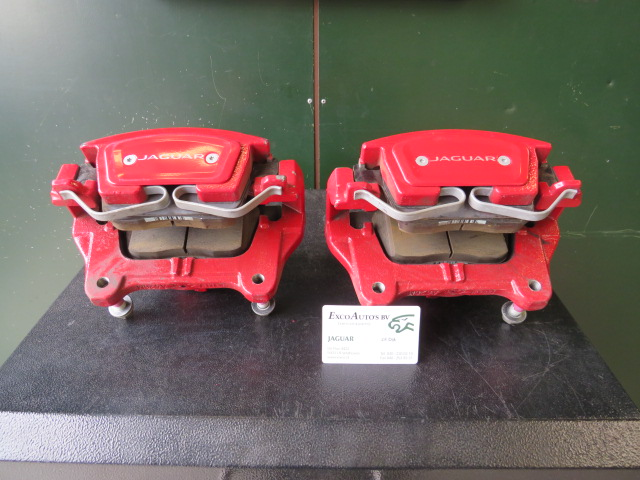 Jaguar Rode remklauwen set T4N7530 T4N7531 Gebruikt